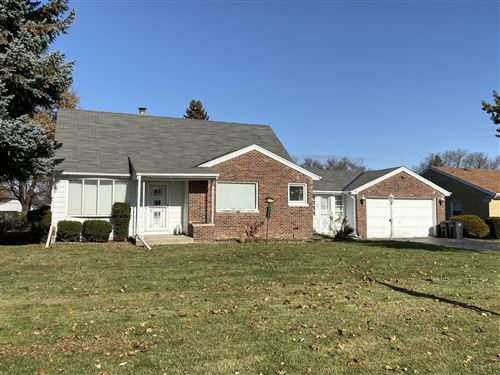 Photo of 7070 W Cold Spring Rd, Greenfield, WI 53220 (MLS # 1668868)