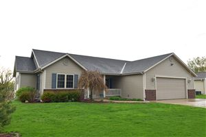 Photo of 1093 Seneca St, Hartford, WI 53027 (MLS # 1638921)