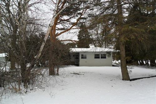 Photo of N79W16079 Community Dr, Menomonee Falls, WI 53051 (MLS # 1663993)