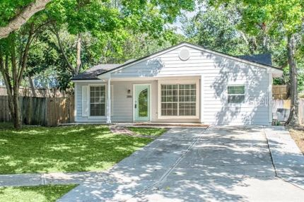 Photo for 3886 LAKE SHORE DRIVE, PALM HARBOR, FL 34684 (MLS # U8048383)