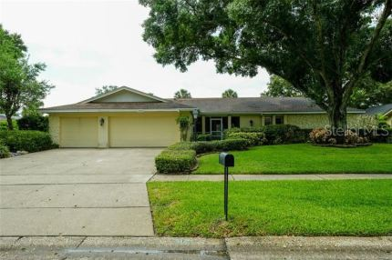 Photo for 3163 HYDE PARK DRIVE, CLEARWATER, FL 33761 (MLS # U8048762)