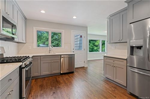 Photo of 53 Top O The Ridge Drive, Scarsdale, NY 10583 (MLS # H6059501)