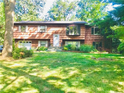 Photo of 62 Forest Glen Road, Valley Cottage, NY 10989 (MLS # H6056865)