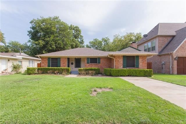 Photo for 10302 Linkwood Drive, Dallas, TX 75238 (MLS # 14403038)