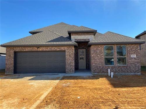 Photo of 1133 Rushmore Drive, Burleson, TX 76028 (MLS # 14674045)
