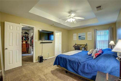 Tiny photo for 909 Enlow Circle, Commerce, TX 75428 (MLS # 14574204)