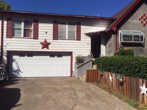 Photo of 133 E Vilbig Street, Irving, TX 75060 (MLS # 14692256)