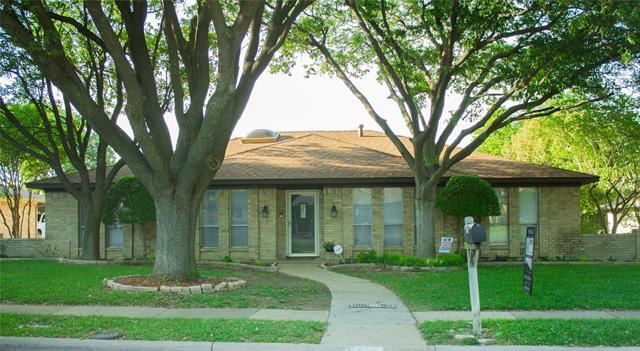 Photo for 2809 Meadowbrook Drive, Plano, TX 75075 (MLS # 14300324)