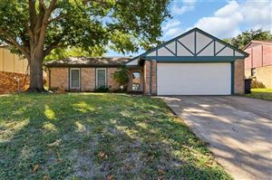 Photo of 1837 Steinburg Lane, Fort Worth, TX 76134 (MLS # 14211620)