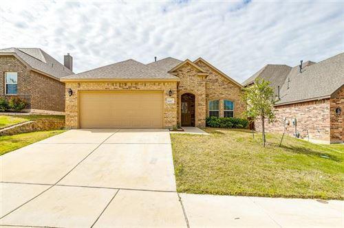 Photo of 11317 Denet Creek Lane, Fort Worth, TX 76108 (MLS # 14561627)