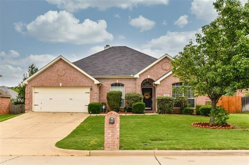 Photo of 1208 Vistawood Drive, Mansfield, TX 76063 (MLS # 14573712)