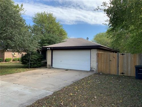 Photo of 10617 Oak Grove Road, Fort Worth, TX 76140 (MLS # 14459756)