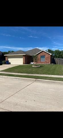 Photo for 824 Canyon Cove Drive, Burleson, TX 76028 (MLS # 14573784)