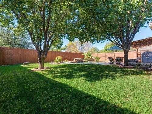 Tiny photo for 1320 Lyra Lane, Arlington, TX 76013 (MLS # 14671834)
