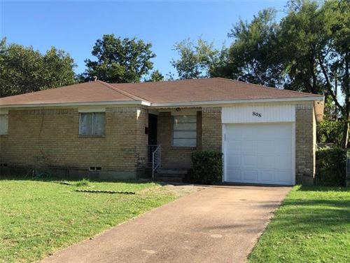 Photo of 808 Colgate Drive, Lancaster, TX 75134 (MLS # 14441884)