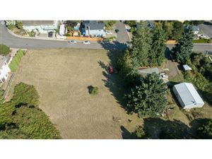 Photo of 12765 SE 132ND AVE, Happy Valley, OR 97086 (MLS # 19573140)