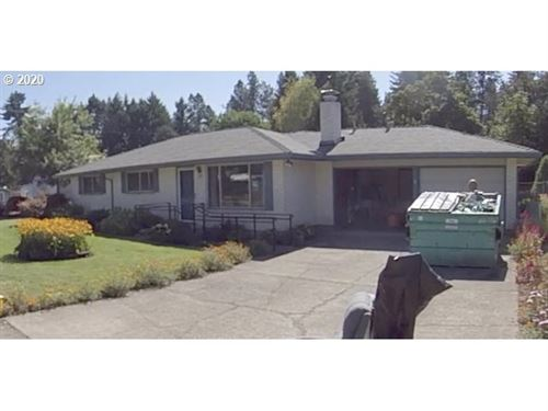 Photo of 673 NE 10TH AVE, Canby, OR 97013 (MLS # 19695199)