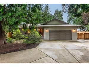 Photo of 12655 SW 111TH PL, Tigard, OR 97223 (MLS # 19378223)