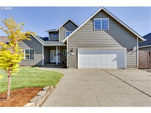 Photo of 1316 SE 11TH LOOP, Canby, OR 97013 (MLS # 19200621)