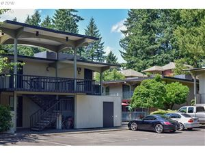 Photo of 668 MCVEY AVE 55 #55, Lake Oswego, OR 97034 (MLS # 19212986)