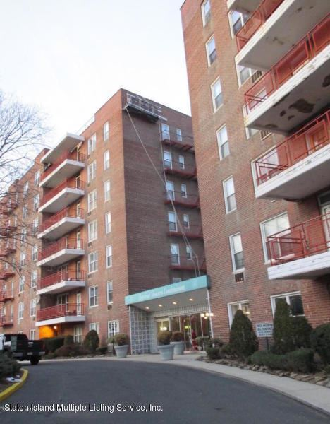 Photo for 55 Austin 3w Place #3w, Staten Island, NY 10304 (MLS # 1129253)