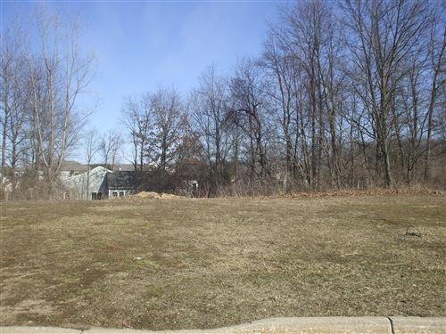 Photo of 2612 Hunters Point, Kalamazoo, MI 49048 (MLS # 19000061)