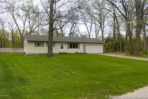 Photo of 1414 Cardinal Circle Drive, Muskegon, MI 49445 (MLS # 20018286)