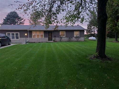 Photo of 67296 Blue School Road, Constantine, MI 49042 (MLS # 21111434)
