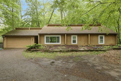 Photo of 2711 Chopin Avenue, Portage, MI 49024 (MLS # 20002945)