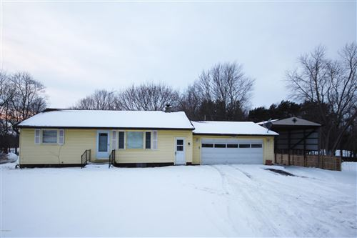 Photo of 10684 S 34th Street, Vicksburg, MI 49097 (MLS # 20002952)
