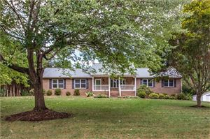 Photo of 232 Farmwood Drive, Statesville, NC 28625 (MLS # 947236)