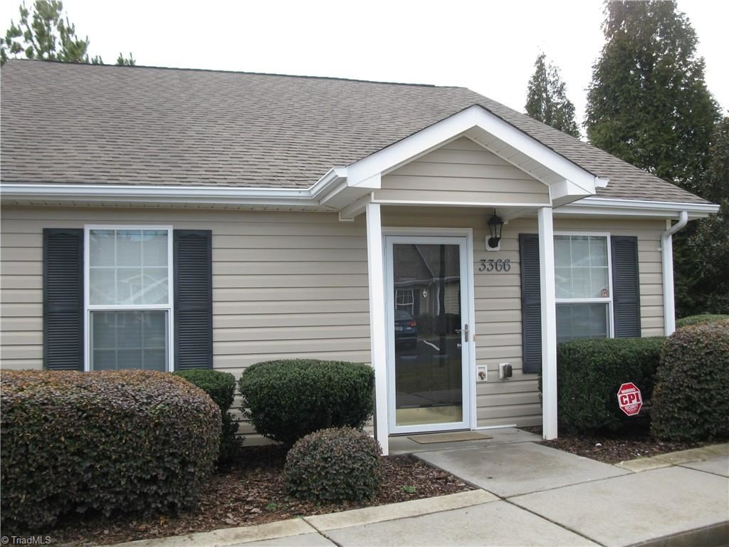 Photo of 3366 Hyde Place Circle, Winston Salem, NC 27103 (MLS # 1013248)