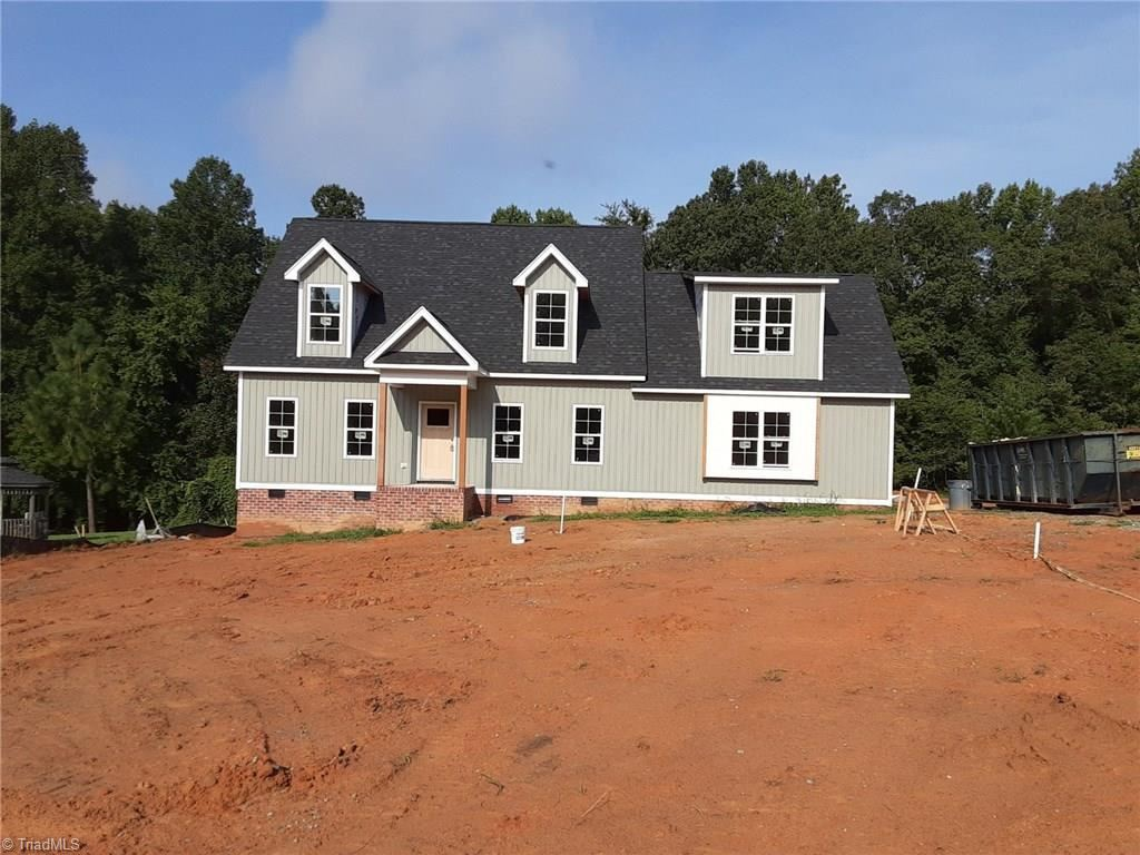 Photo of 288 Black Farm Road, Thomasville, NC 27360 (MLS # 987297)