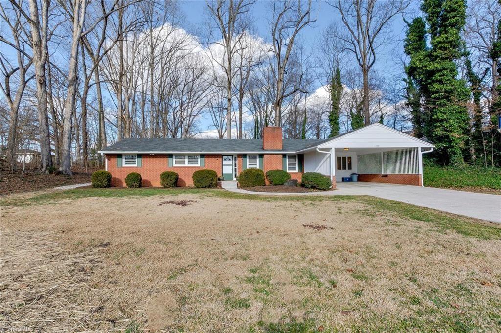 Photo of 1703 Sherwood Road, Lexington, NC 27292 (MLS # 1010458)