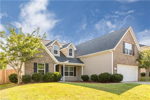 Photo of 424 Shady Grove Court, Winston Salem, NC 27103 (MLS # 941515)