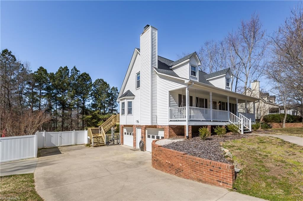 Photo of 210 Fairystone Lane, Lexington, NC 27295 (MLS # 1013638)