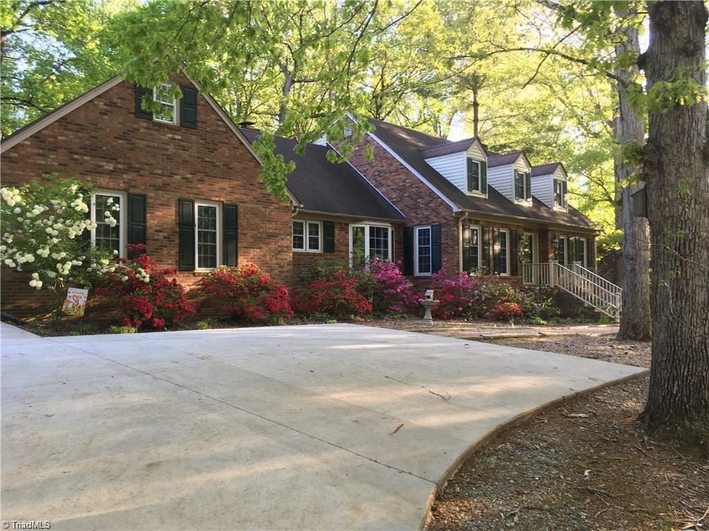 Photo of 263 Homestead Drive, Lexington, NC 27292 (MLS # 1008693)