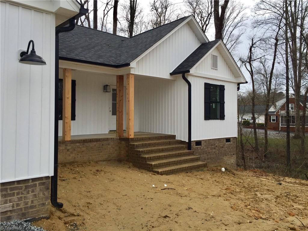 Photo of 27 Forest Drive, Thomasville, NC 27360 (MLS # 1012694)