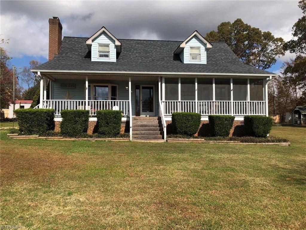 Photo of 404 Lee Parks Road, Lexington, NC 27292 (MLS # 1008987)