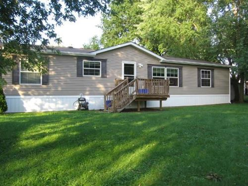 Photo of 9 South Ct., Cranberry Township, PA 16066 (MLS # 1523026)