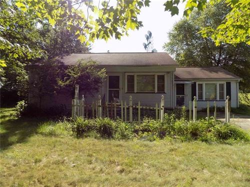 Photo of 2807 Ivanhoe Rd, Sharpsville, PA 16150 (MLS # 1413137)