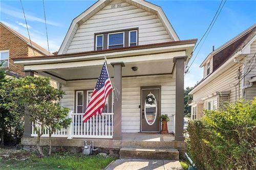 Photo of 1118 Woodbourne Avenue, Brookline, PA 15226 (MLS # 1513154)