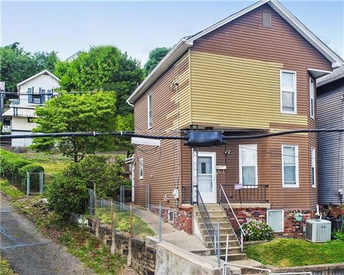 Photo of 817 Lincoln Ave, Charleroi, PA 15022 (MLS # 1456247)