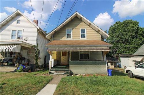 Photo of 511 Mount Vernon Ave, Coraopolis, PA 15108 (MLS # 1519269)