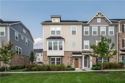 Photo of 717 Truth Ln, Cranberry Township, PA 16066 (MLS # 1522427)