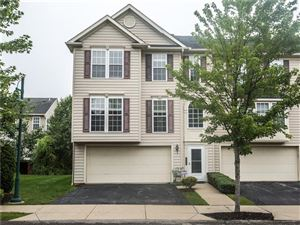 Photo of 507 Garden Way, Wexford, PA 15090 (MLS # 1408455)
