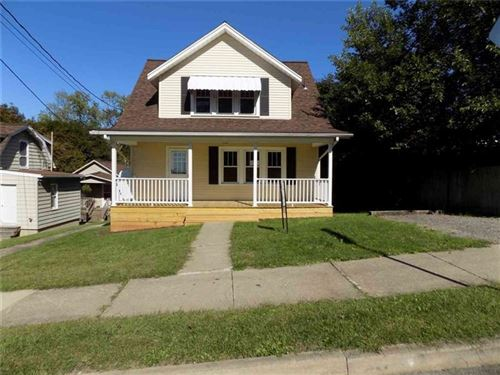 Photo of 229 S 7th St, Sharpsville, PA 16150 (MLS # 1416498)