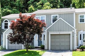 Photo of 51 New London Ln, OAKMONT, PA 15139 (MLS # 1399597)