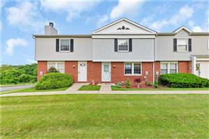 Photo of 309 Countryside Dr, MC KEES ROCKS, PA 15136 (MLS # 1399801)