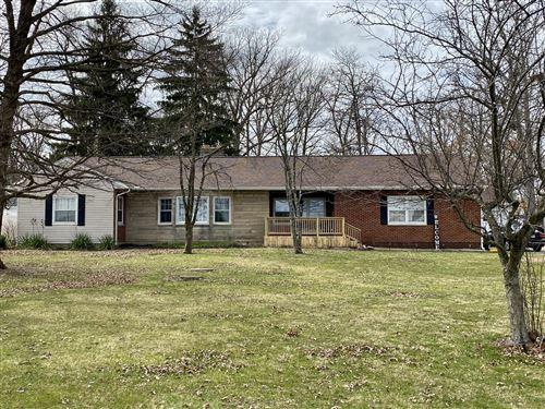 Photo of 3041 Springfield Jamestown Road, Springfield, OH 45505 (MLS # 1009070)